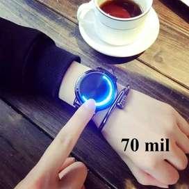 reloj terron hombre mujer diigital minimalista futurista ilusion of time negro cuero