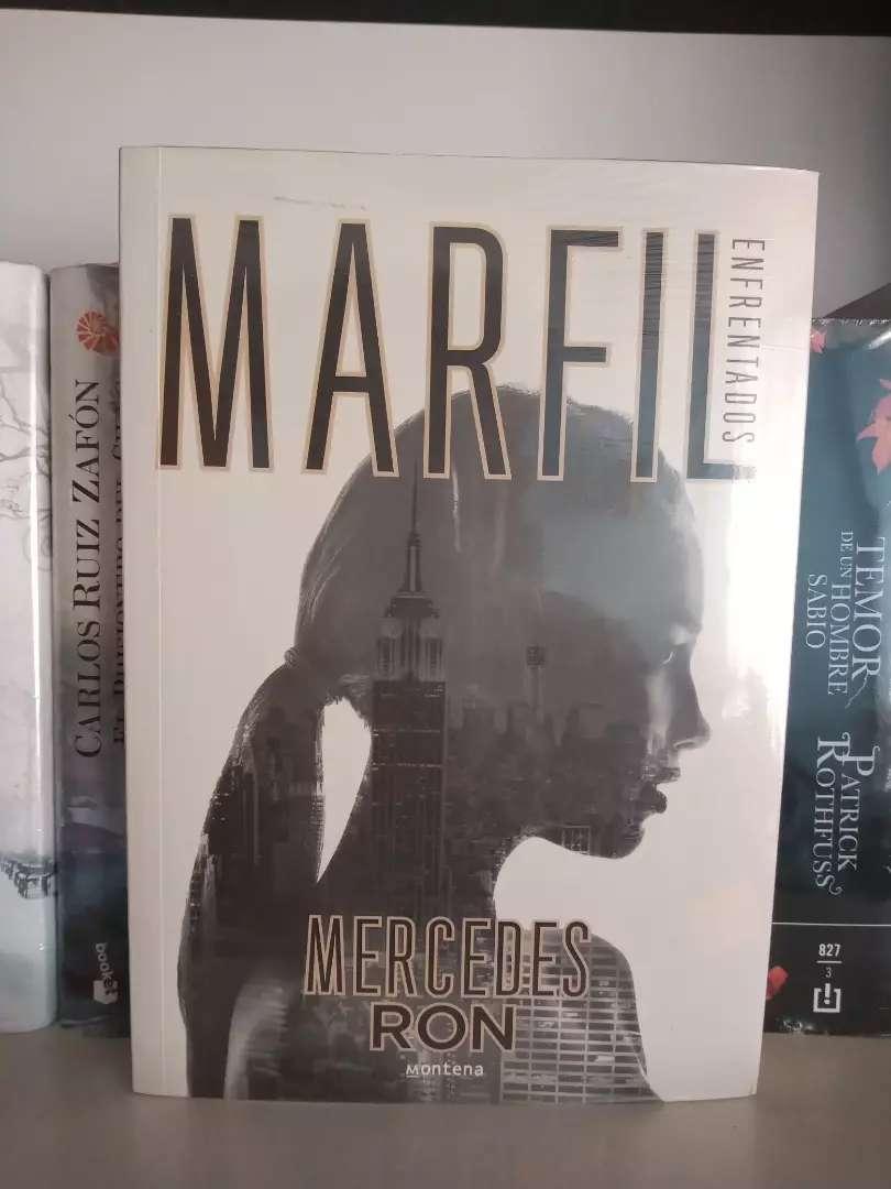 Marfil Mercedes Ron Libro enfrentados
