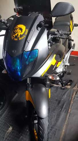 Se vende excelente moto pulsar 220