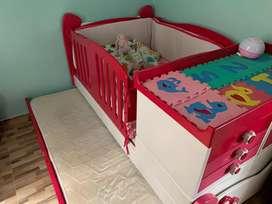 Vendo hermosa cama cuna