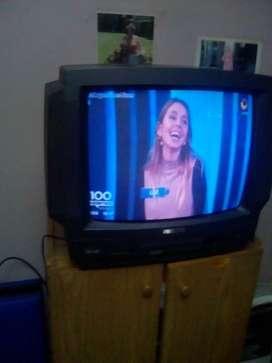 Tv Philips 21 exelente estado !