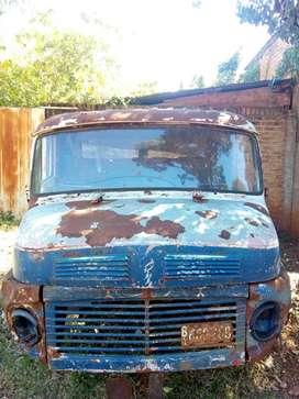 Cabina usada Mercedes-Benz 1114