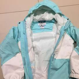 Campera columbia impecable