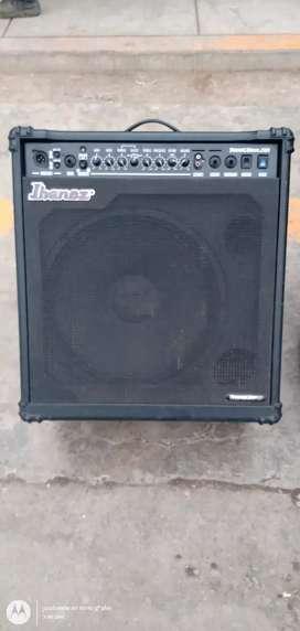 Amplificador para bajo marca Ibanez SW 100