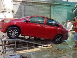Toyota Yaris japones automático.