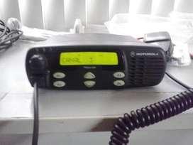 RADIO MOTOROLA PRO5100 VHF 64 CANALES DE 50WATTS