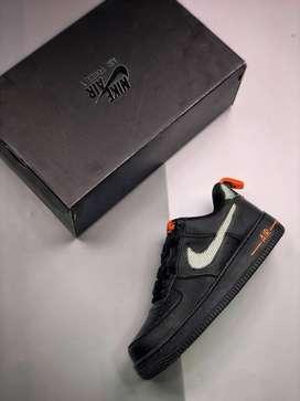 Tenis Nike Air Force One Low 3M Orange