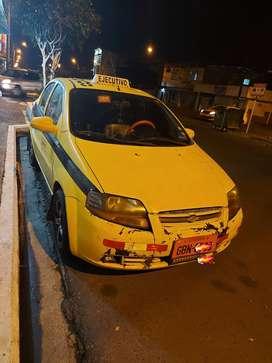 Vendo taxi con puesto de trabajo en coop.