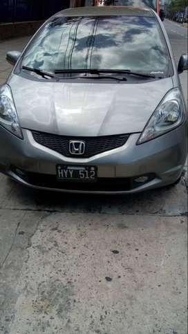Honda fit automático con asientos de cuero