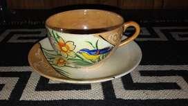 Antigua Taza de Té y Plato de Porcelana Japonesa. Made in Japan.