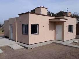 Dueña vende casa en colonia caroya