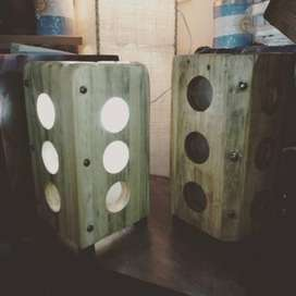 Veladores artesanales en madera pino