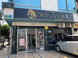 Se vende peluqueria acreditada