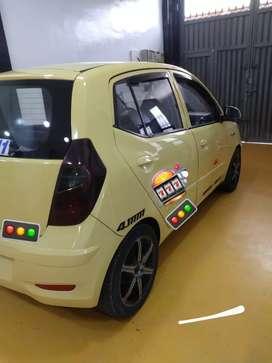 Vendo  o permuto taxi  en exelentes condiciones tanto físicamente , mecánica y de pape
