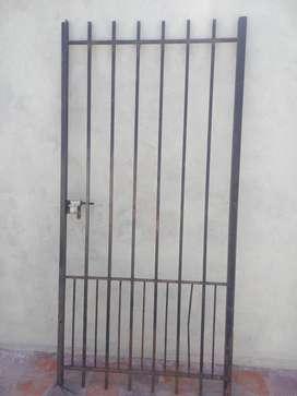 Puerta reja 200x0,97 hierro del 16 maciza