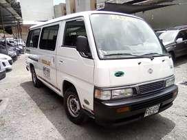 Vendo microbuseta escolar Nissan Urban