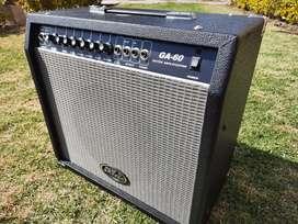 Amplificador de Guitarra eléctrica/electroacústica Tom Grasso, 60 watts, como nuevo