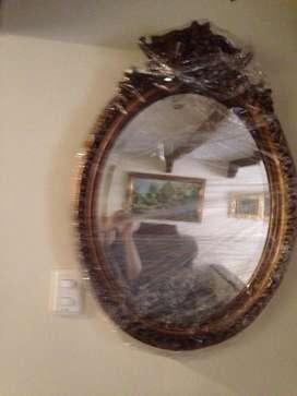 Espejo en madera tallado
