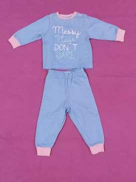 Pijama para bebita talla 0 a 3 meses
