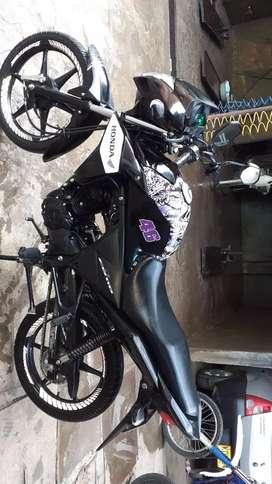 Se vende moto cb 110 2017