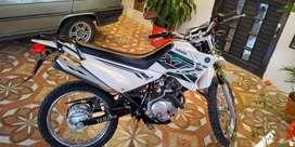 Moto xtz 125 a la venta, comprada hace 8 meses de concecionario unico dueño, muy bien cuidada.