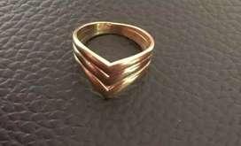 Vendo anillo de oro los tres oros italiano