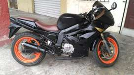 Vendo moto dongben 200cc  usada en buen estado