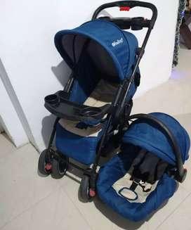 Coche con porta bebé ebaby