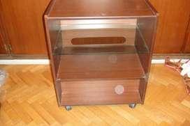Mesa para TV en melamina
