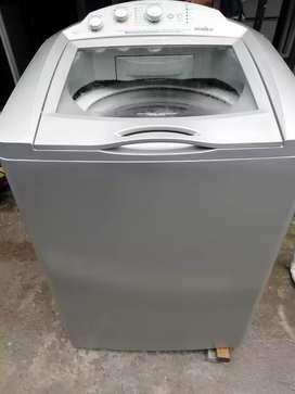 Lavadora mabe semi Digital gris de 32 libras con garantía