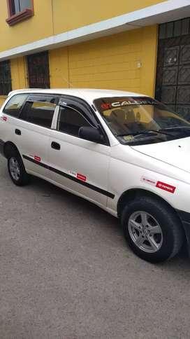 Se vende Toyota caldina año 2001 petrolero mecanico