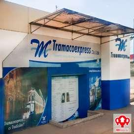 Oficina en alquiler frente CC Piazza, Machala 921