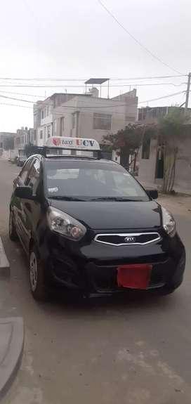 Se vende picanto, uso particular con linea de taxi 2014