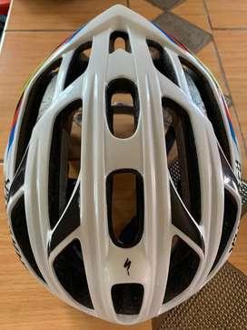 Vendo Casco y Zapatos para Ciclismo
