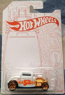 Hot Wheels Pearl & Chrome