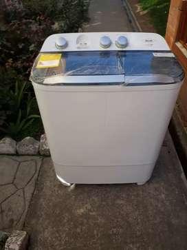 Vendo o Cambio lavadora Haceb 7 kg nueva.
