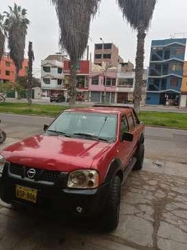 Camioneta Nissan 4x4