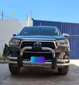 Camioneta Hilux SRV full equipo