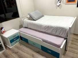Cama sencilla tipo nido, con colchón y colchoneta de cama auxiliar + mesa de noche