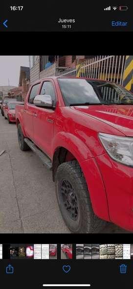 Toyota hilux 4x4 full SR5