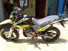 Motocicleta lineal, Nueva, Marca Ronco, Modelo X-Florer 200v1, Año 2020, Color: Negro/Verde