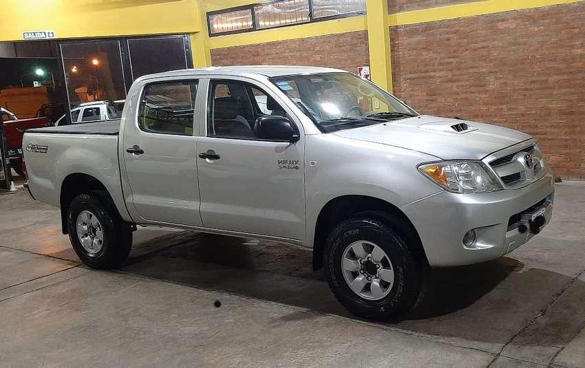Toyota Hilux 4x4 3.0 Siempre Cohera 0