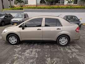 Se vende Nissan Tida 2012 excelente estado, todo original.