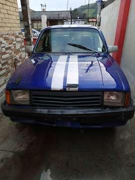 Chevrolet San Remo año 84 ($2600 negociable)