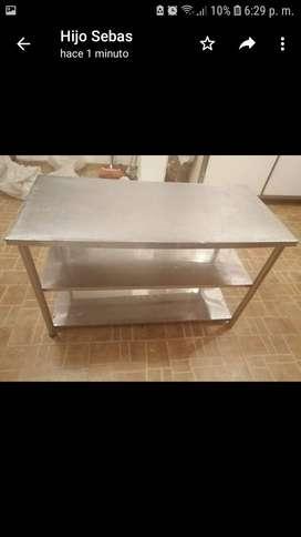 Se vende  mesa de acero