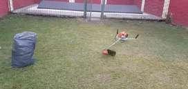 Corte de cesped y limpieza de terreno
