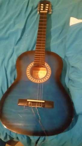 Guitarra arcustica sin cuerdas