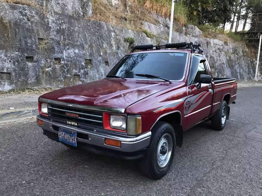 Toyota Hilux/Impecable AC Nitido 0