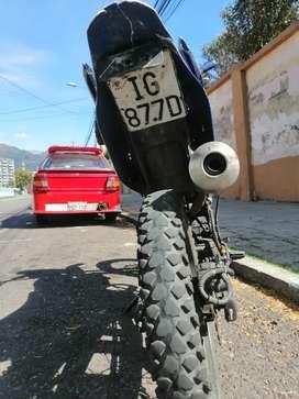 Vendo moto Z1 champions Cc 200