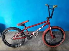 Se Vende bicicleta O cambio Por cuadro Eagle